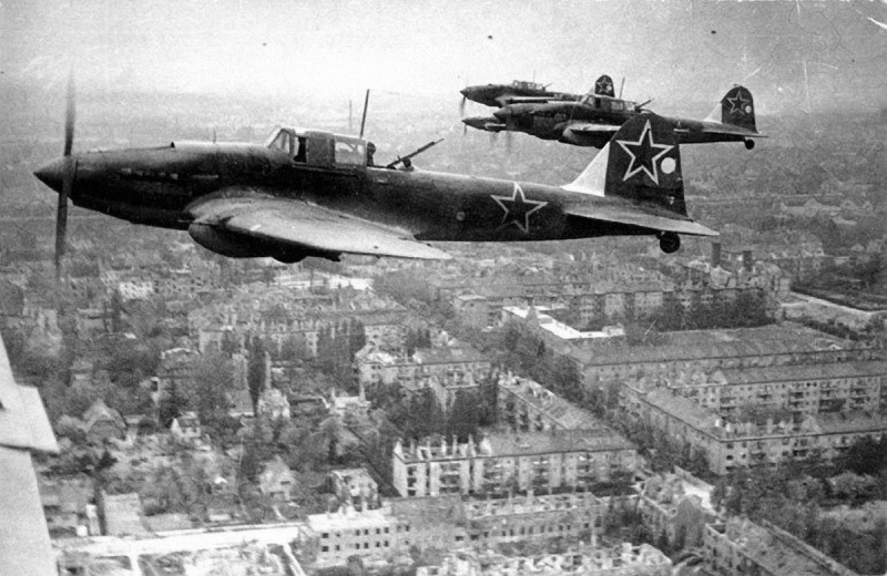 ВМВ фото picture aerial attaker airplane Il-2m3 ww2