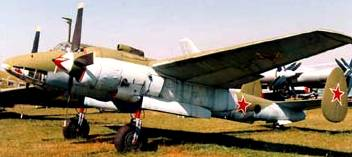 photo WWII Russian divebomber Tu2