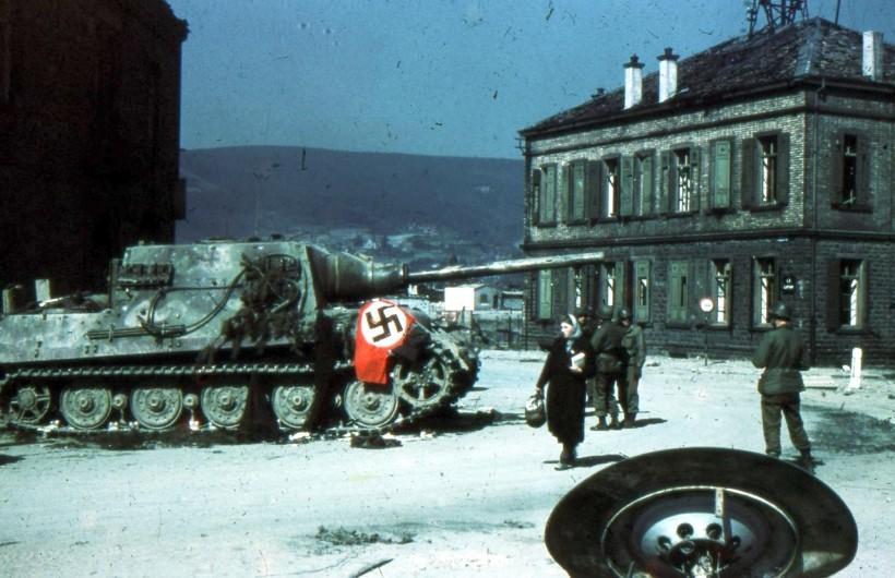 Tiger, Jagdpanther, Jagdtiger - wartime color photos