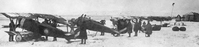 There were even some sqds, completely equipped with a captured planes